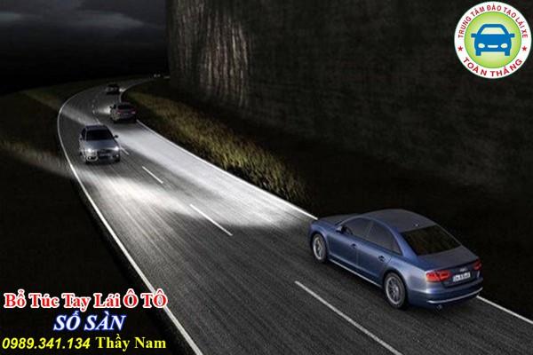 Lái xe ban đêm an toàn