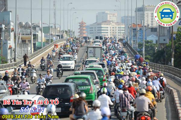 Đặc điểm giao thông trong thành phố