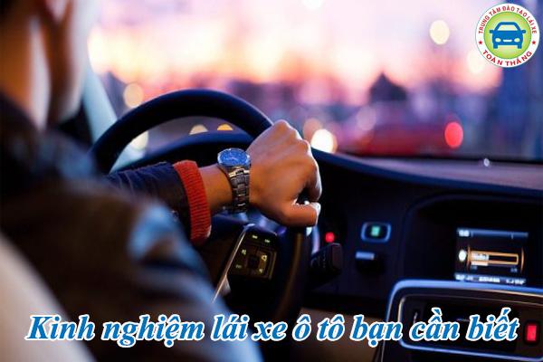 kinh nghiệm lái xe ô tô