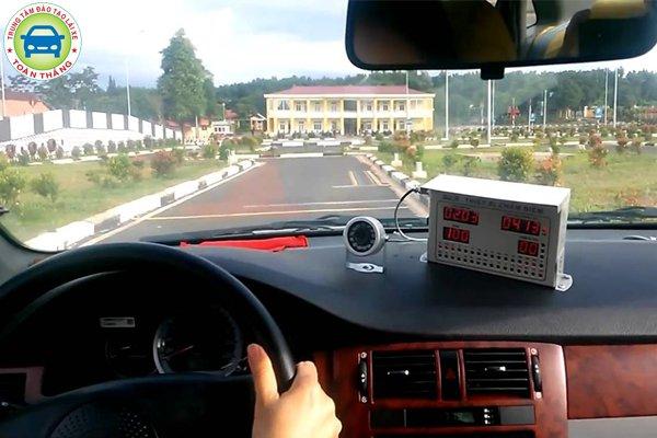 Mẹo thi thực hành lái xe b2