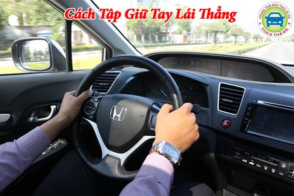 Hướng dẫn tập giữ tay lái thẳng